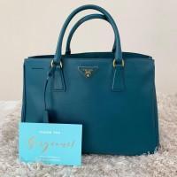 Tas Wanita PRADA Saffiano Tote Bag Size Large Authentic