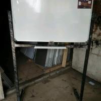 Papan Tulis / Whiteboard Keiko Magnetic Single Face Stand Uk 60 x 90