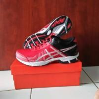 BEST TENNIS Sepatu Tenis Adidas Badminton