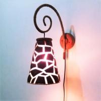 Lampu Batok Kelapa Kerajinan Hias Dinding Tembok Kamar Ruangan Outdoor