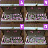 kotak box kayu rustic tempat display perhiasan cincin kalung gelang
