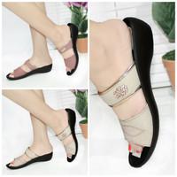 Sandal Slop Wanita Mulan 921