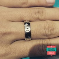 Promo cincin sepasang kadar 750 putih cartier Elegan
