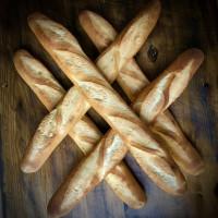 ROTI PERANCIS BAGUETTE PANJANG 45cm/ FRENCH BREAD GRANDPAS 45cm LONG - Sliced 15mm