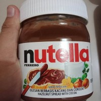 Nuttela Selai Kacang dan Cokelat Hazelnut With Cocoa 350 gr