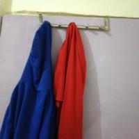 Gantungan di Belakang Pintu tanpa paku untuk Handuk Baju Celana Dll