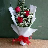 Bunga bucket wisuda bunga mawar asli hand bouquet florist buket hadiah