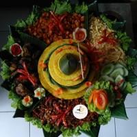 Tumpeng Nasi Kuning porsi 10 orang