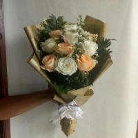 Buket Bunga Wisuda / Buket Bunga / Bunga Kado / Hand Bouquet