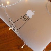 Decal Sticker Macbook Stiker Simon's Cat Kucing Lucu Cat Kitten Laptop