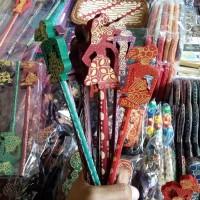 Souvenir Pensil Batik Wayang