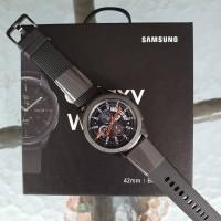 Samsung Galaxy Watch 42mm Hadiah Galaxy S10+