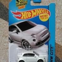 Hotwheels Fiat 500 putih Akta
