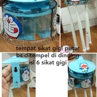 Tempat Sikat Gigi Putar Doraemon / Hello Kitty