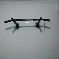 STOK TERBATAS Pull up bar chin up iron gym Alat olahraga Alat fit