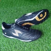 Sepatu Futsal Kulit Asli Warna Hitam Sol Bintik Gerigi TF 2 - Amazaki