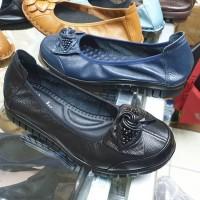 Sepatu Kerja Wanita Clarks Ulir New Flat Terlaris