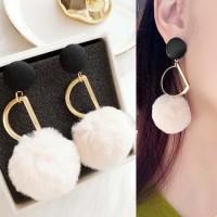 Anting Korea Hollow Metal PomPom Earrings DES211