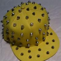 Topi pesta / topi costum duri tumpul