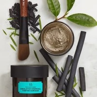 PROMO THE BODY SHOP MASKER WAJAH HIMALAYAN CHARCOAL 75g ORI
