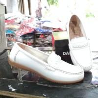 Sepatu Pantopel Wanita Donkeys Semi kulit