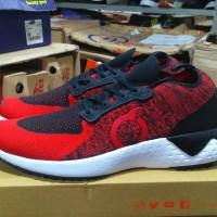 Sepatu olahraga running jogging original ORTUSEIGHT radiance red black