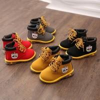Sepatu Boots Kulit Casual Bayi Laki laki Model Lace Up untuk Salju