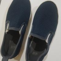 Preloved sepatu slip on anak cowo original H&M