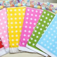 Taplak Meja Plastik Polkadot / Plastic Table Cover