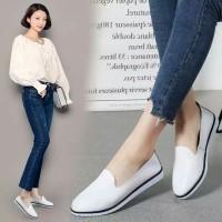 oLAVIS 8879-1B Sepatu Flatshoes Wanita Teplek Kuliah Santai Kerja DM22
