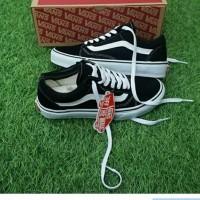 Vans Sepatu