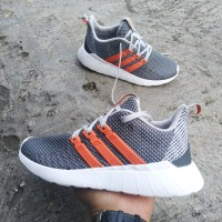 adidas questar flow grey orange original