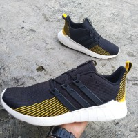 adidas questar flow black gold original