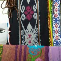 Kain Tenun khas Dayak Kalimantan