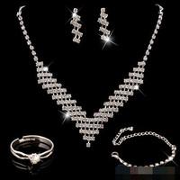 Set Perhiasan Anting Kalung Gelang Cincin Pesta dengan Kristal