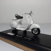Jual Diecast Miniatur Motor Vespa 150 (1956) skala 1/18 Maisto