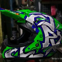 Helm Cross Jpx Motif Grafitty warna Glossy Hijau silver