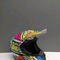 Helm cross jpx motif ready to Rock Warna putih