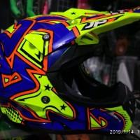 Helm cross Jpx motif grafitty warna glossy kuning biru