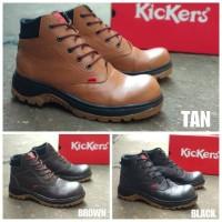 Sepatu Safety Boots Pria Ujung Besi