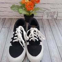 Promo Sepatu Wanita Kets Casual Strip Sds140 - Hitam Termurah