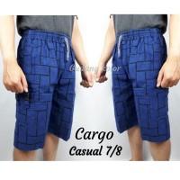 Celana Cargo Pendek 7/8 Kotak Denim