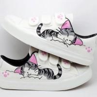 Promo Sepatu Kets Karakter Kucing Sp02 - Putih, 37 Termurah