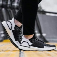 Sepatu Adidas Ultra Boost 19 Black White / sneakers premium