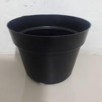 Pot bunga/pot plastik hitam 20