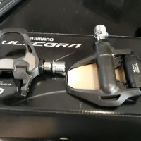 Pedal Sepeda Ultegra Carbon R8000
