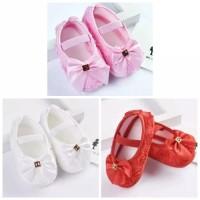 sepatu prewalker bayi dan anak perempuan