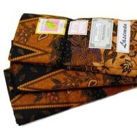 Unik Sarung Batik Halus Perempuan Cap Daun Muda - Random Limited