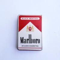 kotak rokok dan korek api bara