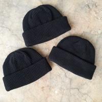 Short beanie hat skate series black/kupluk model pendek warna hitam